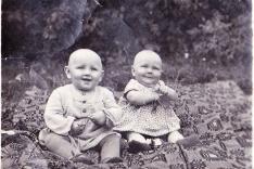 Heinama Lempit ja Aasi Aare - (kirjeldus foto taga)